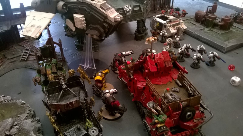 2015.08.19 - Orks contre Spaces Marines - 2000 pts 0711