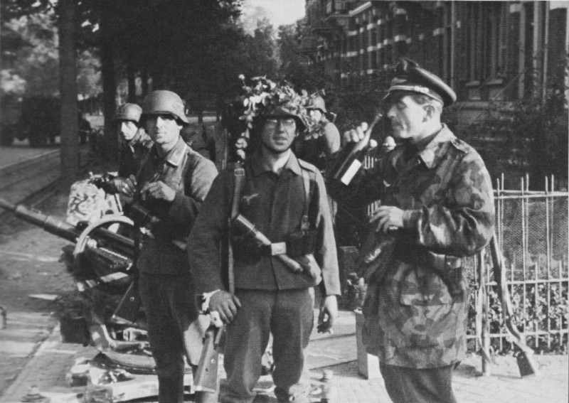 Les troupes de la Luftwaffe lors de la bataille de Market Garden 3b10