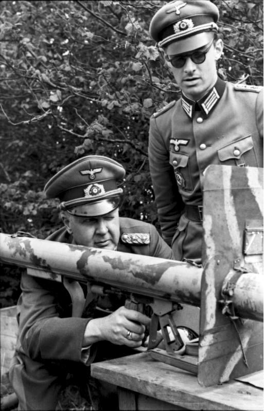 Les troupes de la Luftwaffe en Normandie - Page 6 56610