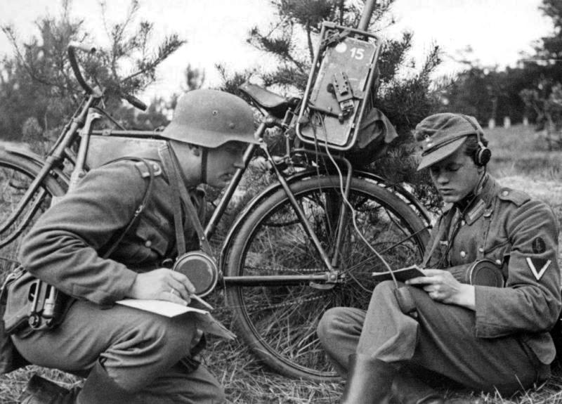 Les vélos de l'armée Allemande ww2 - Page 4 B10