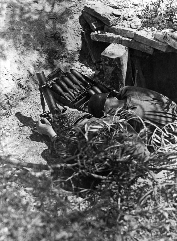 Granatwerfer, les mortiers de l'armée allemande. - Page 2 R710