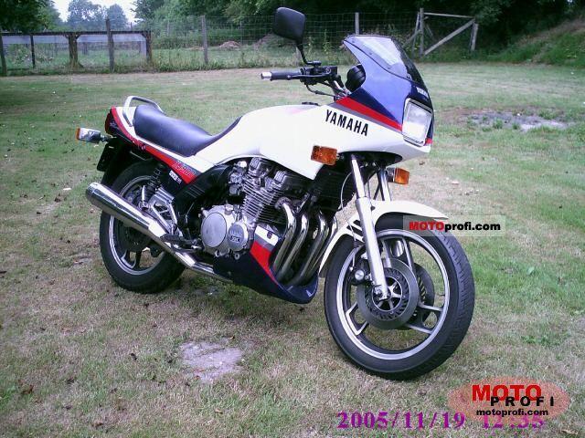 Votre première moto? Yamaha12