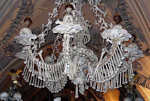 Spomenici od ljudskih kostiju 18_sed10