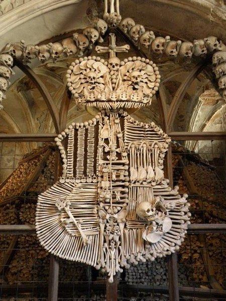 Spomenici od ljudskih kostiju 50953011