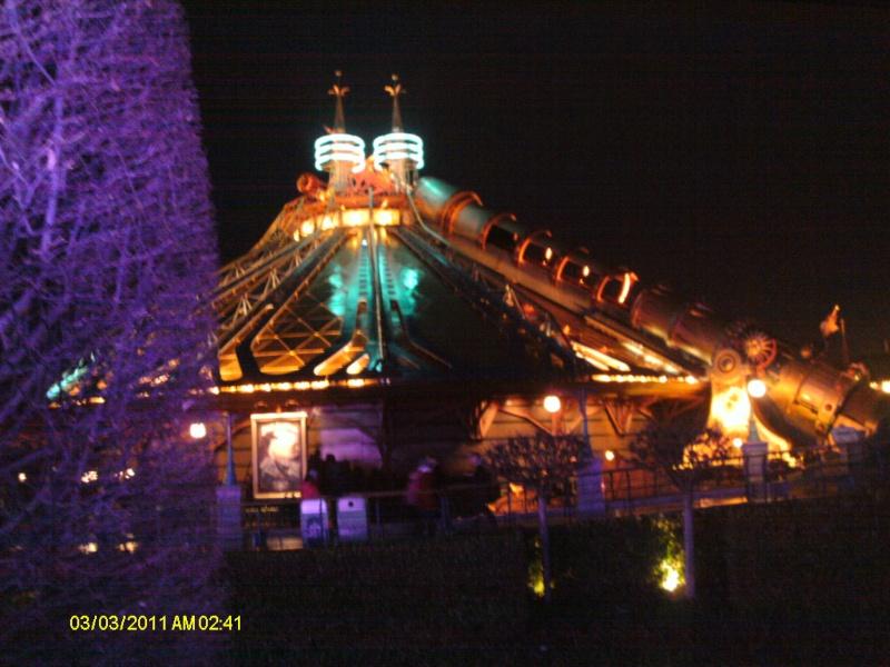 Vos photos nocturnes de Disneyland Paris - Page 6 01610
