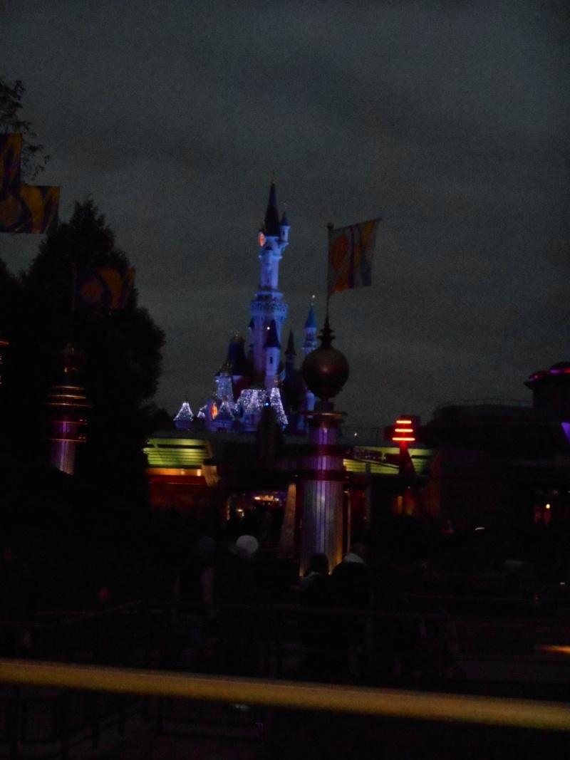 Vos photos nocturnes de Disneyland Paris - Page 6 Dscn0410