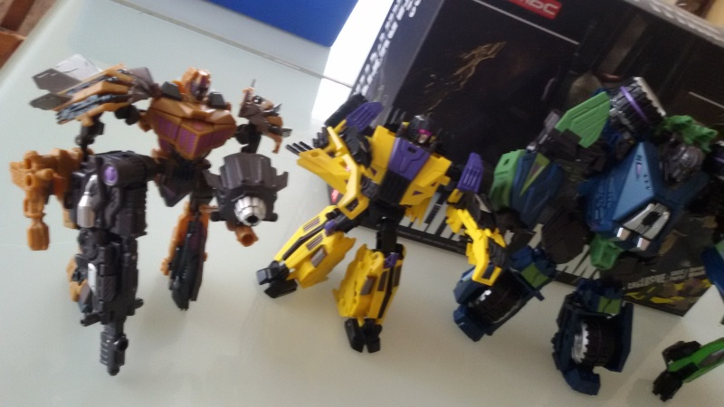 Collection transformers 2000 --> 20XX - Page 6 20150213