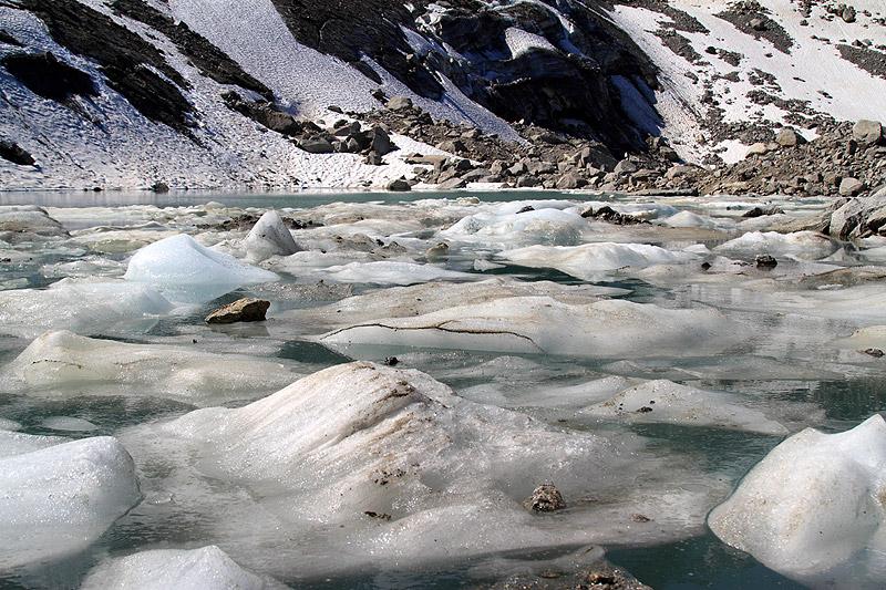 Photos de lacs de montagne, petits ou grands. Img_2411
