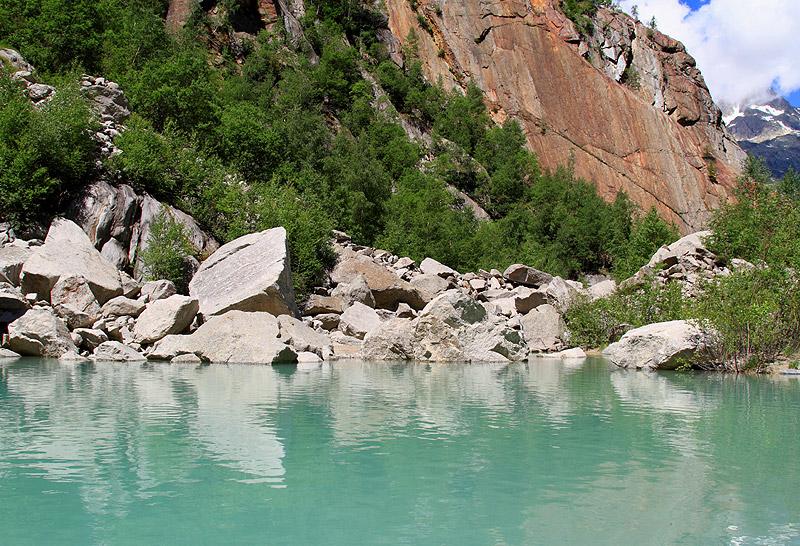 Photos de lacs de montagne, petits ou grands. - Page 2 Img_3410