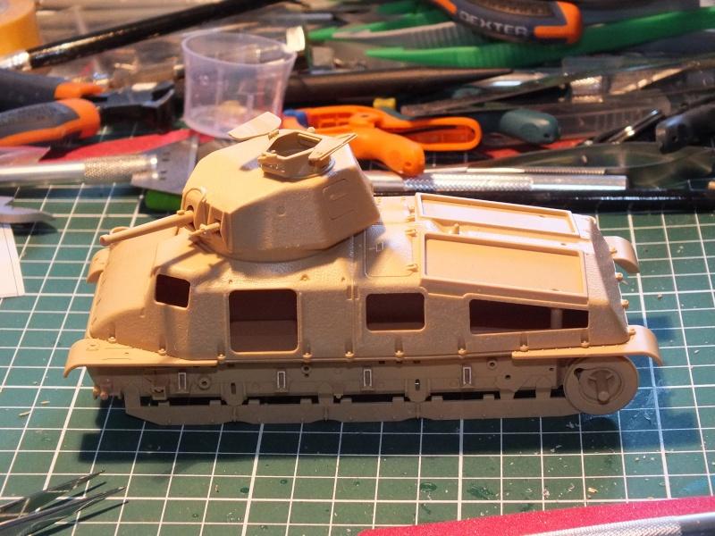 Somua S35 Tamiya 1/35 (déco Beute Panzer) réf.35344 montage terminé Dscf8031