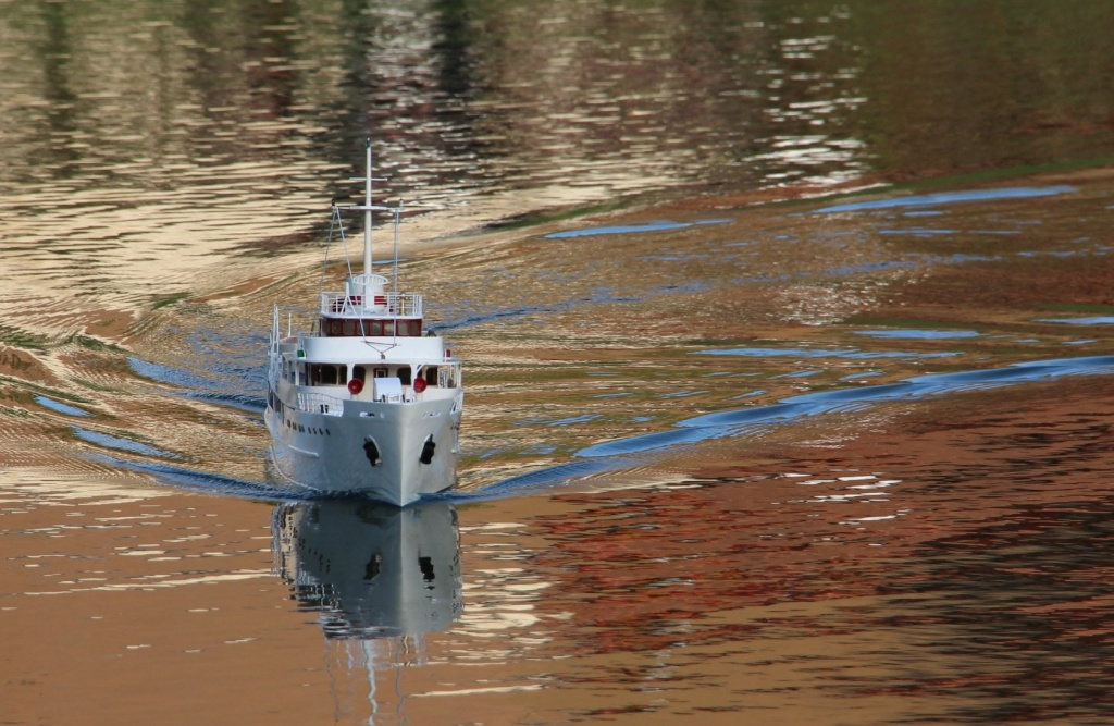 Yacht-Paquebot Sphinx (Restauration 1/50°) de amadu - Page 2 Fond_e11