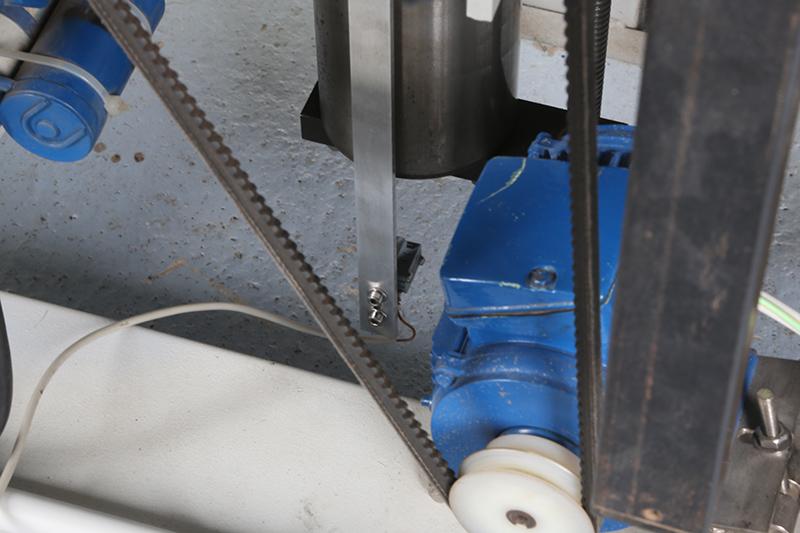 Motorisation table raboteuse (voir p.13) et amélioration R/D Holztech FS320 (première partie)  - Page 38 10_jui16