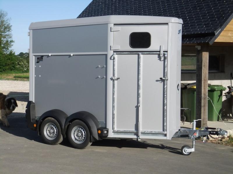 Post sur mon van (1ère tentative avec Radja en vidéo) Dscf9310