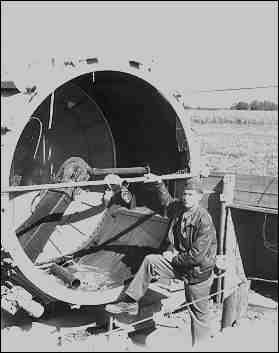 Le Projecteur de 150 cm Sw. 37 et sa remorques SdAnh. 104 Captdl10