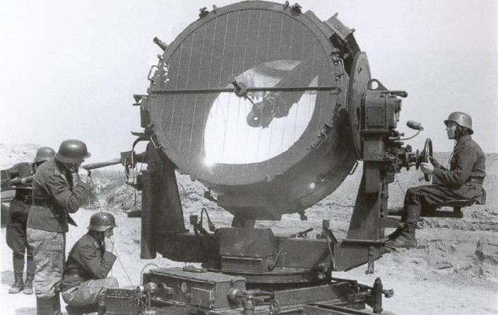 Le Projecteur de 150 cm Sw. 37 et sa remorques SdAnh. 104 Imag0011