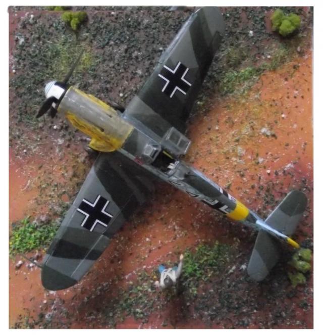 MESSERSCMITT Bf109 f2  DE HANS VON HAHN B-49e710