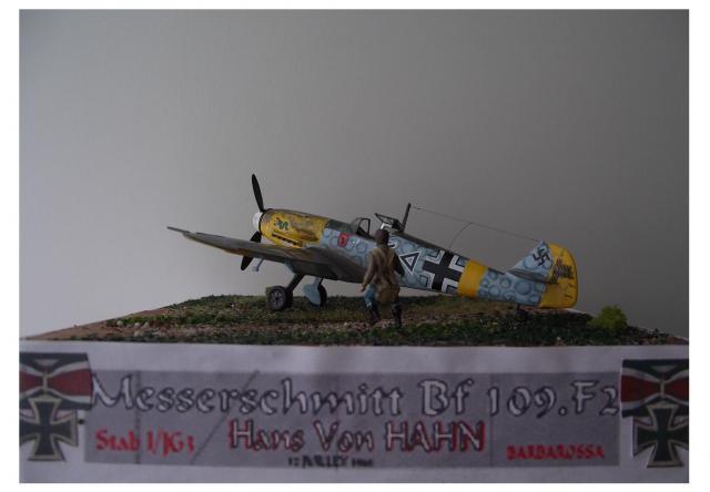 MESSERSCMITT Bf109 f2  DE HANS VON HAHN D-49e710