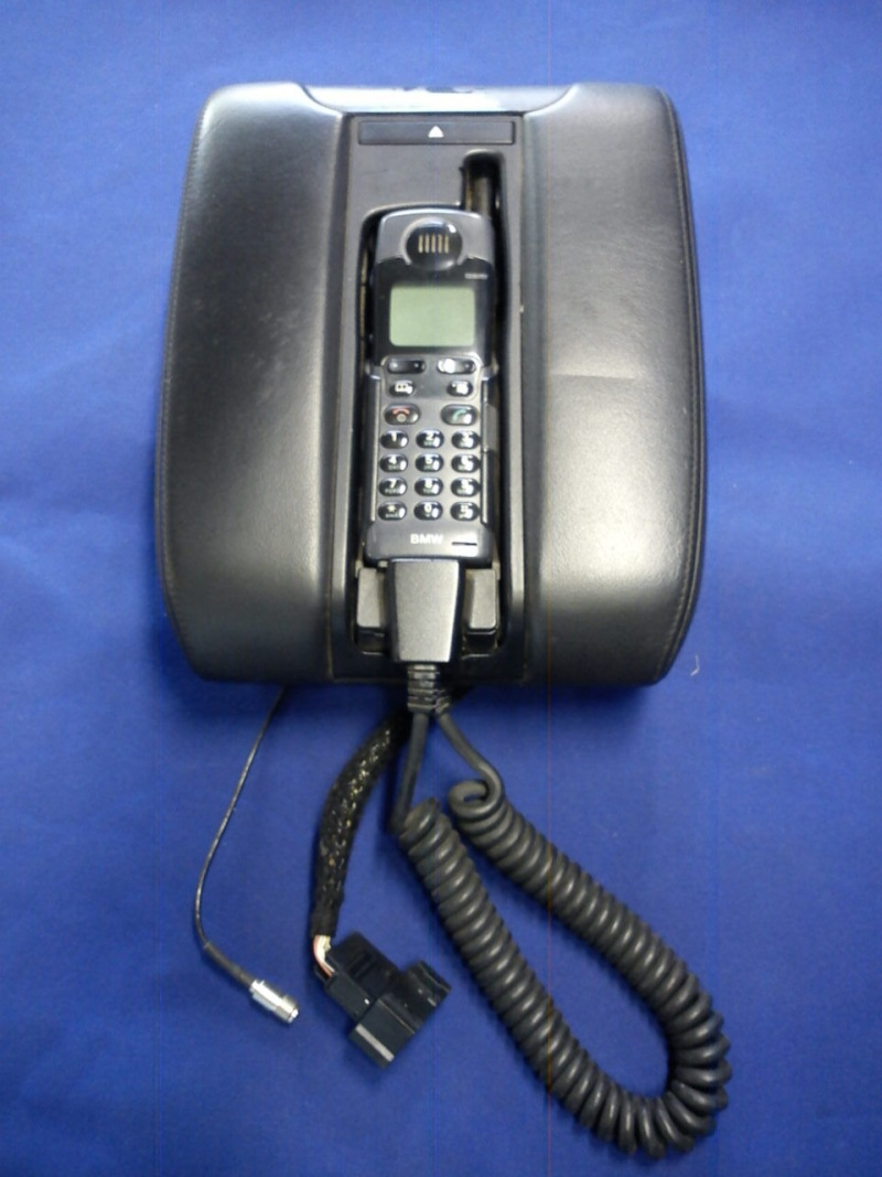 Les différents modèles de téléphones montés dans nos 7 _5710