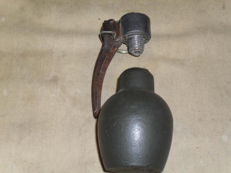 deux grenades Sdc12810