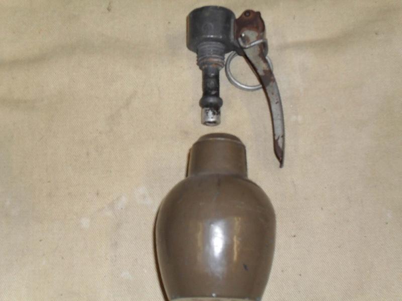 deux grenades Sdc12811