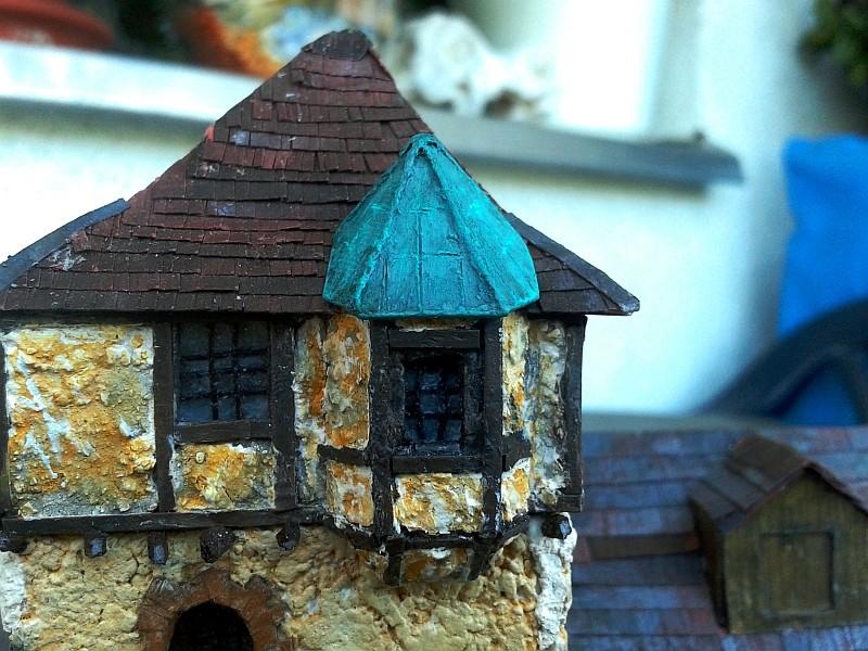 Die alte Herberge. Ein kleines Diorama in 1:100 - Seite 9 Erker012