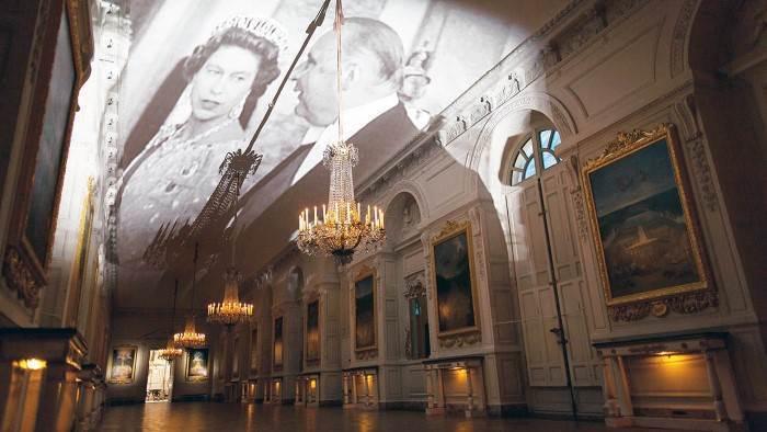 Versailles, rois, princesses et présidents sur France3 Emi_6010