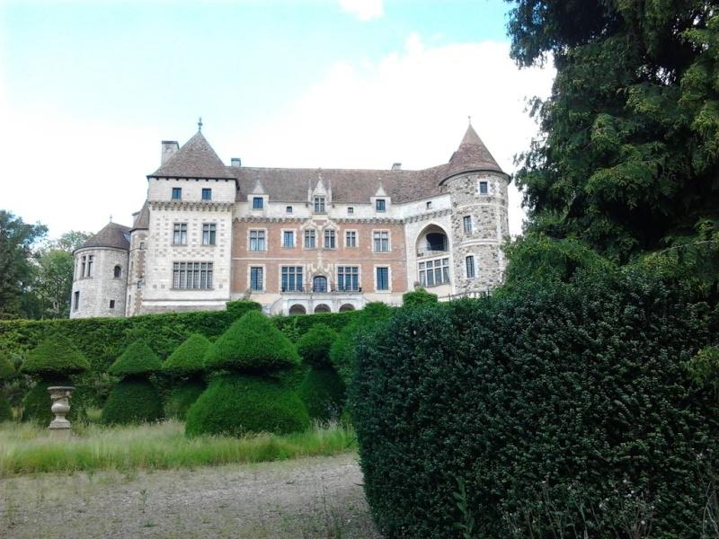 le chateau de Houetteville Acquig10