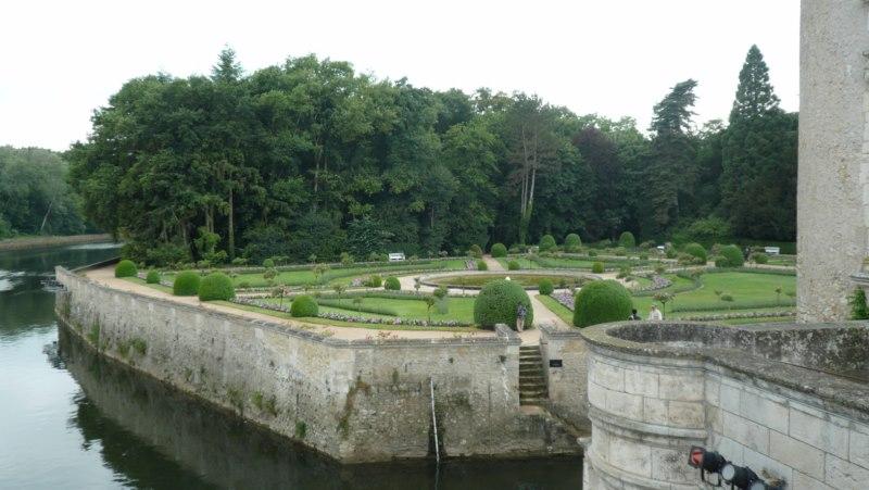 Zingarata in Francia Chenon11
