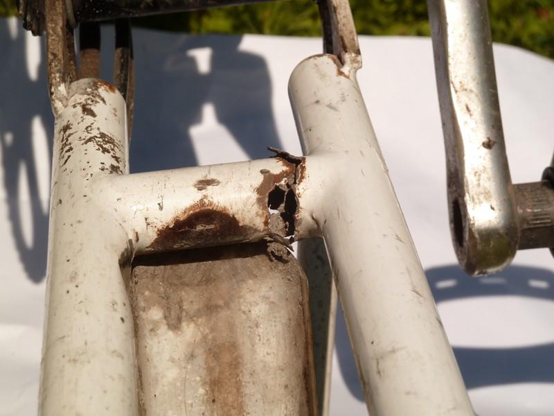 Corrosion du cadre : traitement préventif [anc. Obsolescence programmée du Brompton] - Page 4 Triang11