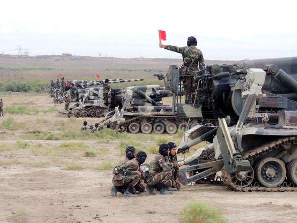Armée Azeri / Azerbaijani Armed Forces / Azərbaycan Silahlı Qüvvələri - Page 12 Azer110
