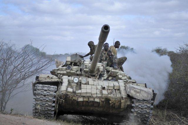 Armée Ougandaise/Uganda Peoples Defence Force (UPDF) - Page 4 Ougand10