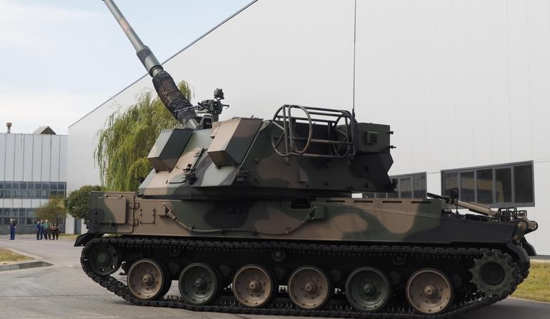 systèmes d'artilleries autotractés et autopropulsés - Page 3 Poland16