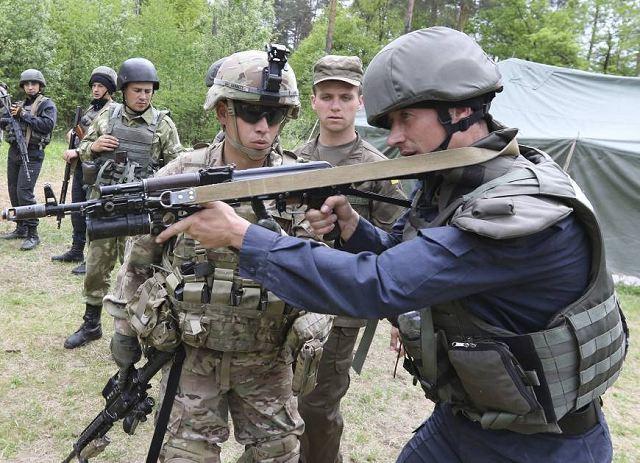 Ukrainian Armed Forces / Zbroyni Syly Ukrayiny - Page 9 Ukrain10