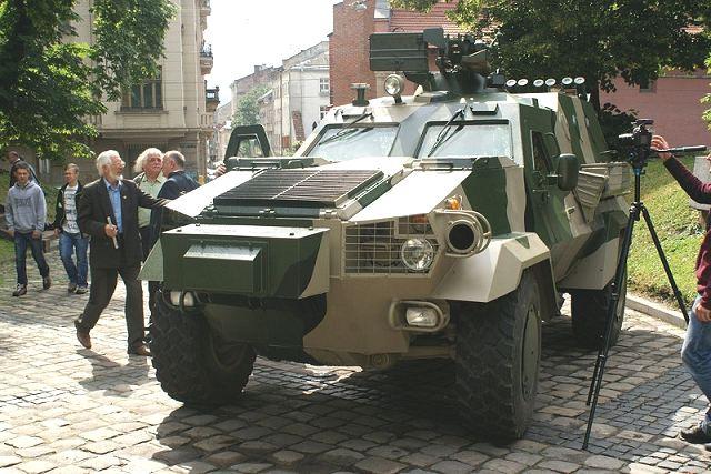 Ukrainian Armed Forces / Zbroyni Syly Ukrayiny - Page 9 Ukrain11