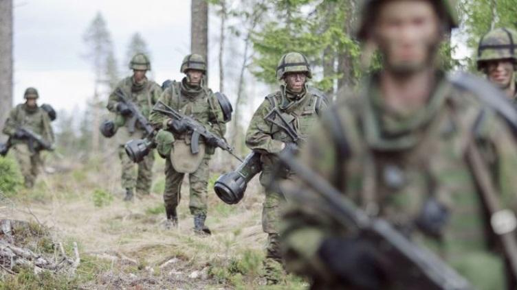 Armée Finlandaise / Finnish Defence Forces / puolustusvoimat - Page 6 0a20
