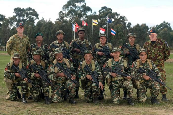 Force de défense du Timor oriental /  The East Timor defence force  1136