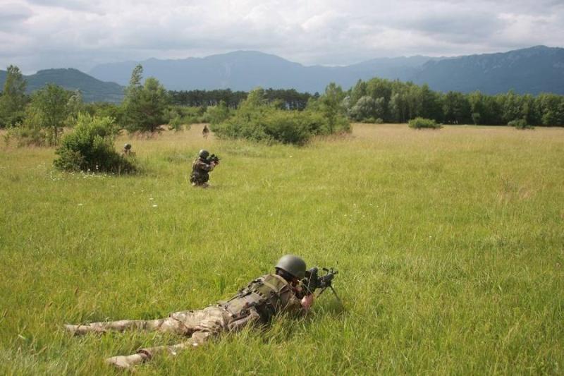 Slovenian Armed Forces / Slovenska vojska - Page 2 1f412