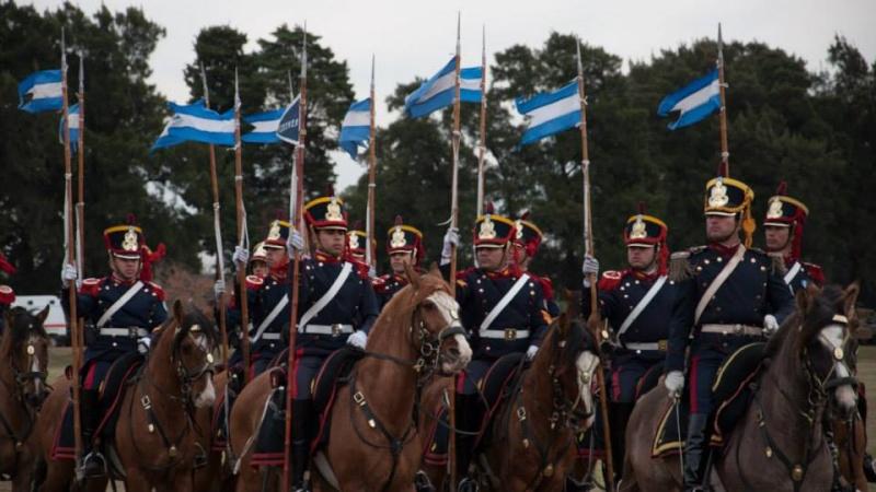 Armée argentine/Fuerzas Armadas de la Republica Argentina - Page 11 2011