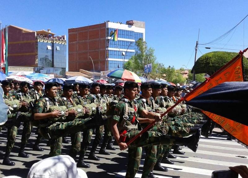 Armée bolivienne - Page 2 2424