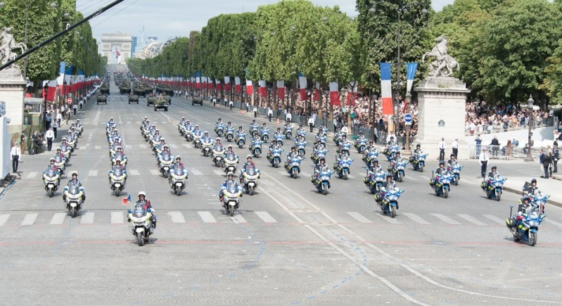 Armée Française / French Armed Forces - Page 11 2518