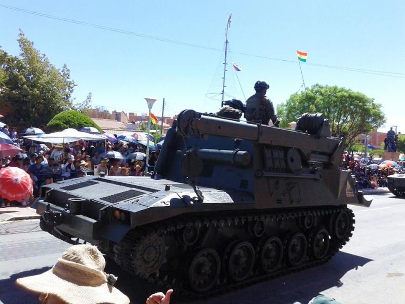 Armée bolivienne - Page 2 2525