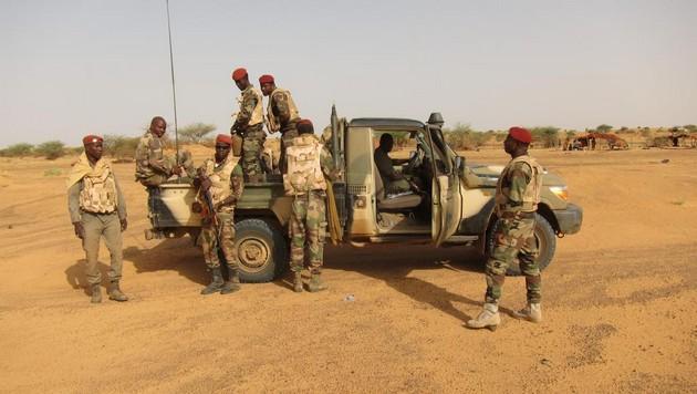 le Sahel zone de non-droit - Page 16 3209