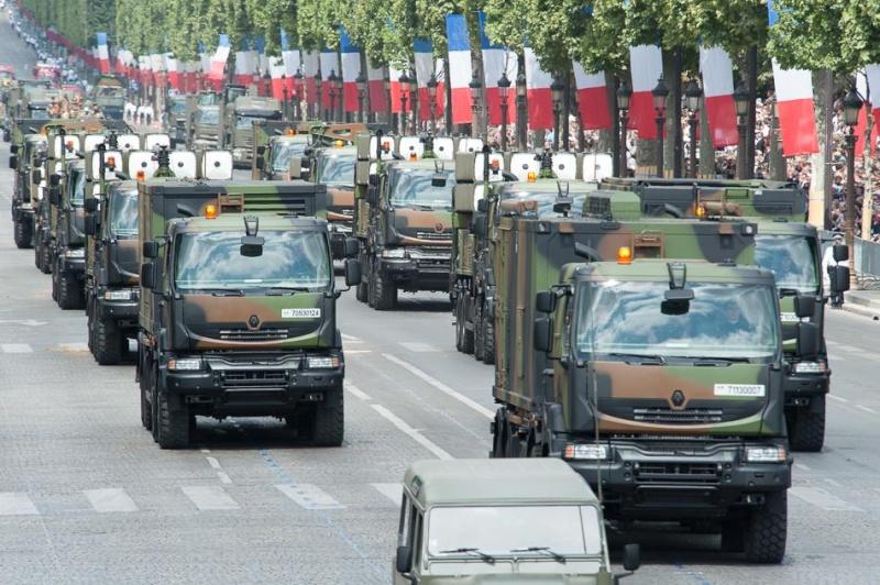 Armée Française / French Armed Forces - Page 11 3411