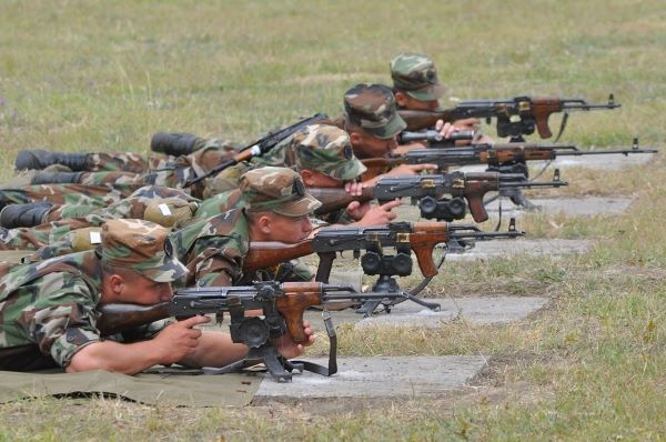 Forces armées moldaves 377