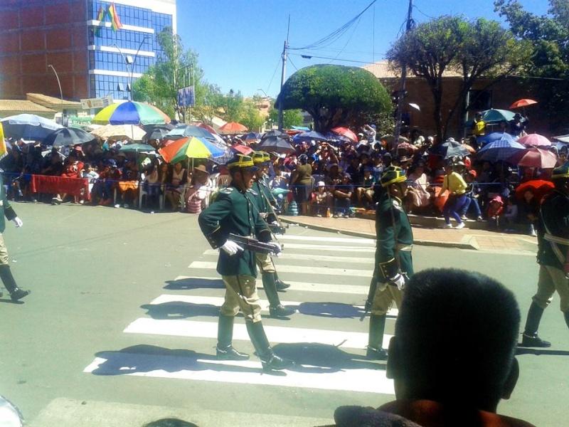Armée bolivienne - Page 2 4107