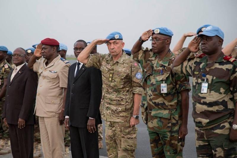 Intervention militaire au Mali - Opération Serval - Page 3 433