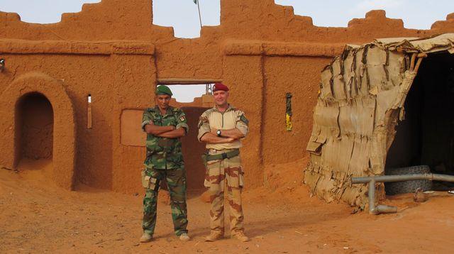 le Sahel zone de non-droit - Page 15 5127