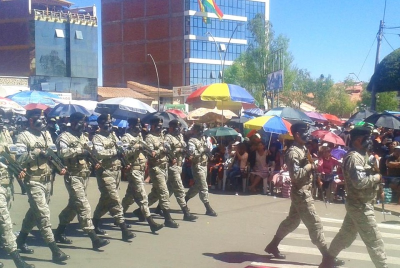 Armée bolivienne - Page 2 6107