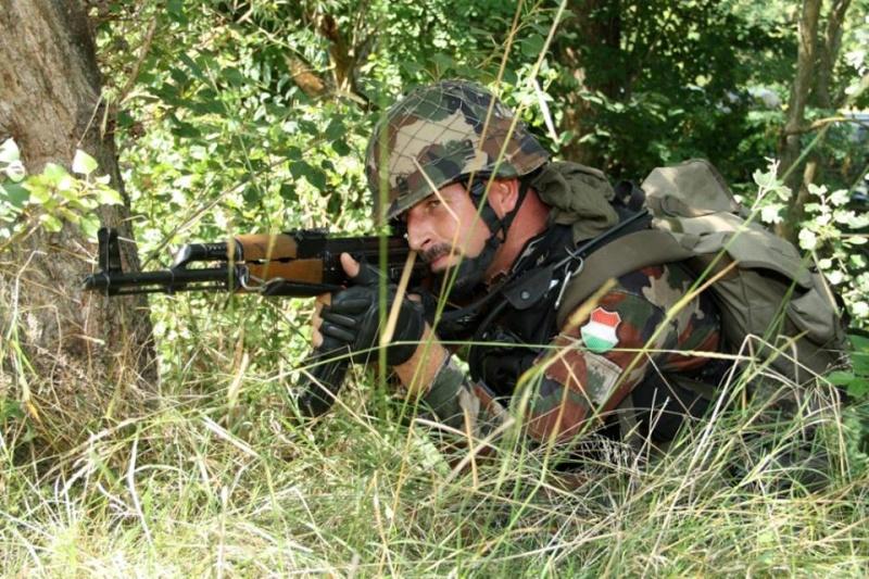 Armée Hongroise/Hungarian Home Defence Force/Magyar Honvédség - Page 3 6111