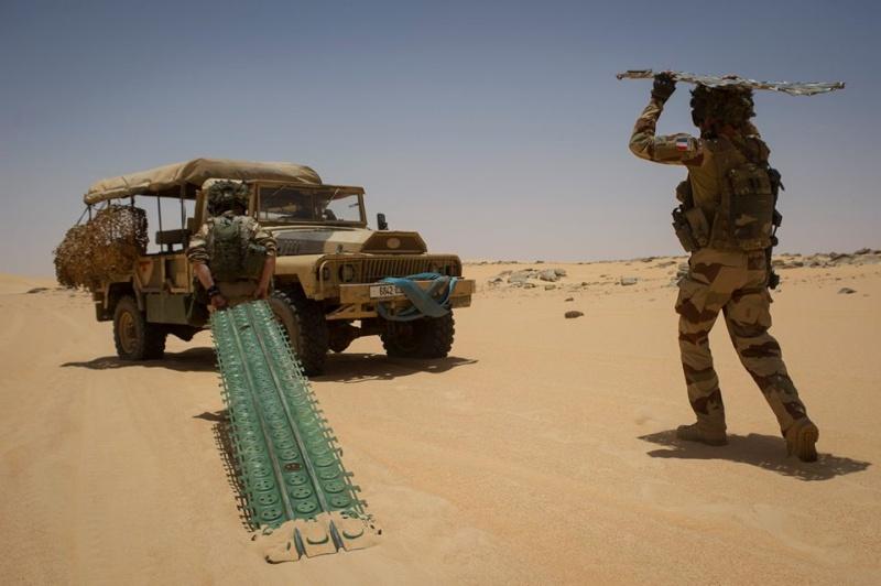 le Sahel zone de non-droit - Page 15 654